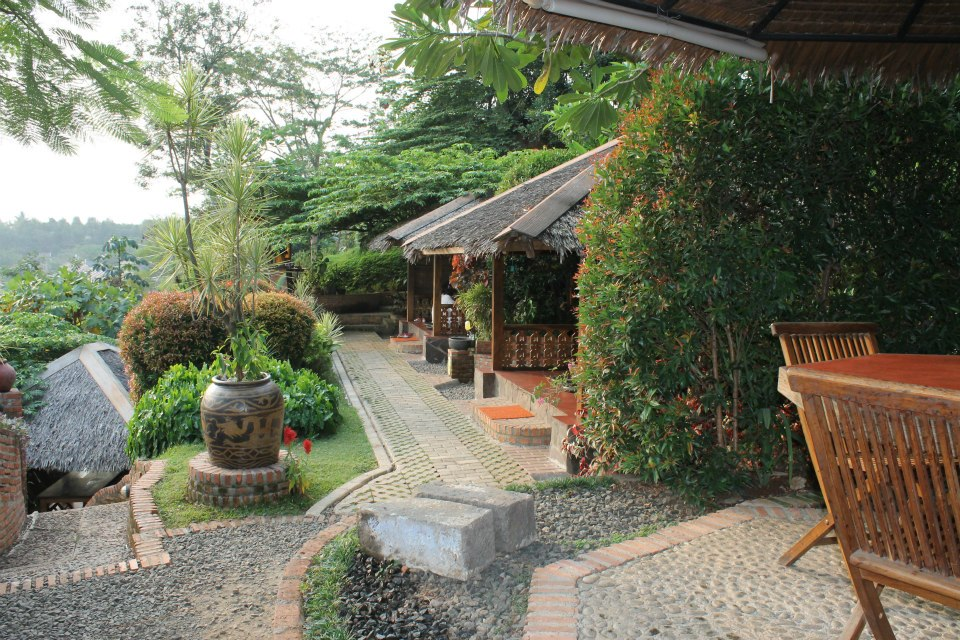 Restoran bernuansa alam